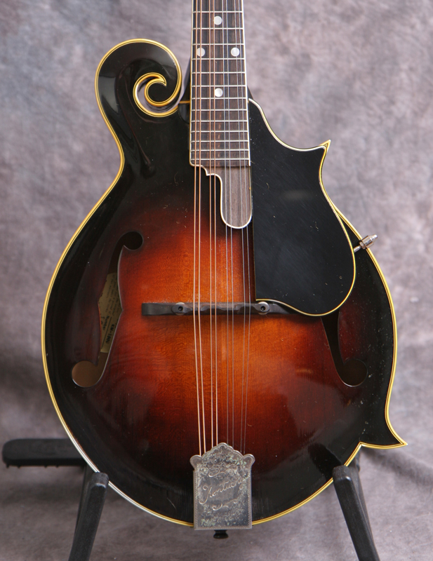1980s Kentucky KM-1000 Mandolin
